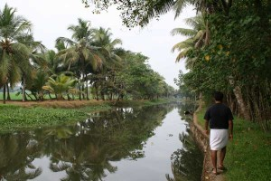 Following Thomas along the Kerala backwater canal paths